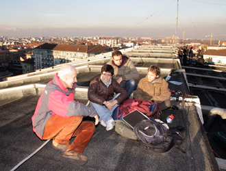 Foto studenti sui tetti 88